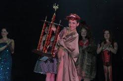 Dixie Ramone, premiata al Dixie Evans Burlesque Festival 2011.
