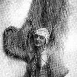Un passato da bambina prodigio ha portato Titina a diventare una delle primissime soubrette.