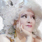 <!--:it-->Tè e Burlesque con Little Lady<!--:-->
