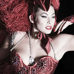 <!--:it-->Immodesty Blaize (ri)porta il Burlesque su Rai Uno<!--:-->