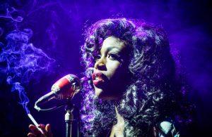 "Gloria Ontiri in ""The Stripper"" al St. James Theatre di Londra nel 2016 (Ph Tristram Kenton)"