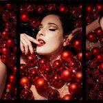 Regali di Natale burlesque con Dita von Teese (aggiornamento 2018)