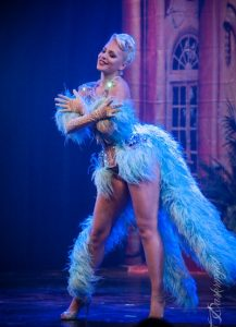 Burlesque performer Holly's Good