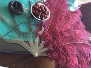 Applicazione delle piume di un ventaglio by Baci di Gala