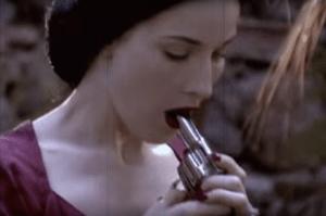 Dita von Teese nel film Madame Morte