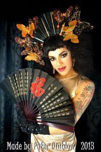 Natsumi Scarlett, burlesque, geisha