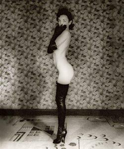 Holly Faram (ph John Willie, 1936)