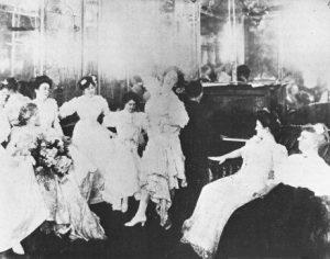 La casa di piacere di Hilma Burt a Storyville negli anni '10 del Novecento. Il pianista di spalle potrebbe essere Jelly Roll Morton.